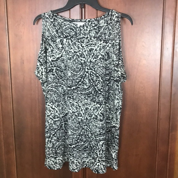 Lucky Brand Tops - Lucky Brand Cold Shoulder 1X